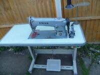 SINGER 196K205 Industrial lockstitch/Flatbed sewing machine
