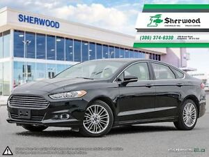 2016 Ford Fusion SE AWD Only 12,000KMS!!