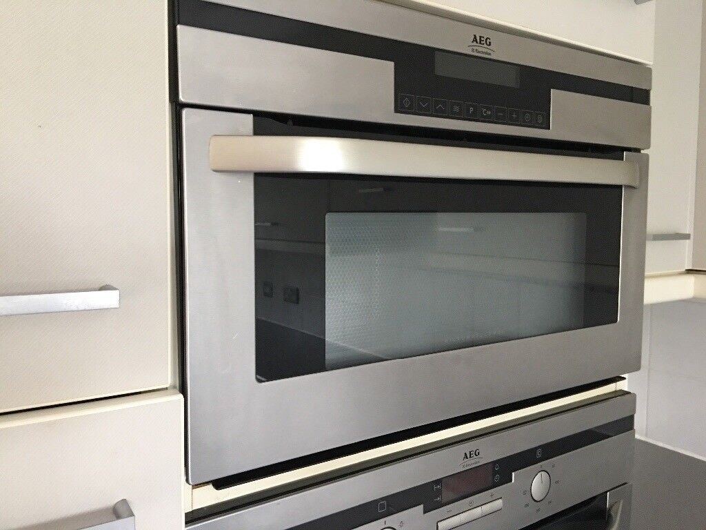 Aeg Combination Microwave Oven In Headingley West