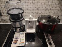 Near new steamer, with spiraliser, and slow cooker.