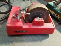 Wet grinder for chisels blades etc