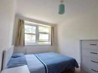 Warm, Bright and Quiet Room in a 2 Bed Flat at Best Brighton Location