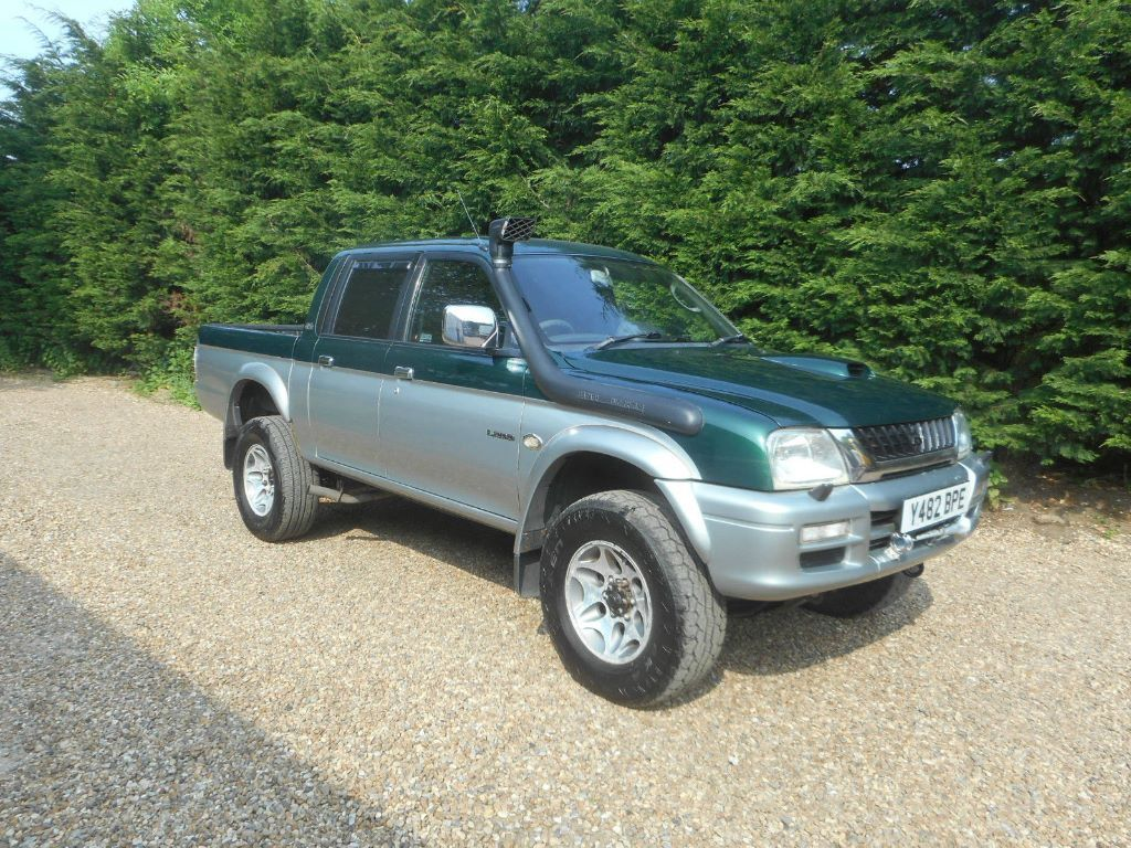 mitsubishi l200 4life 2 5 diesel double cab pick up 4x4 nice clean truck in harrietsham kent. Black Bedroom Furniture Sets. Home Design Ideas