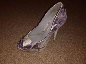 Kurt Geiger Silver Heels Size 4 (uk)