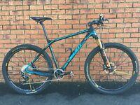 Giant XTC Advanced SL 27.5 with Mavic Crossmax Wheelset Stunning Race Bike