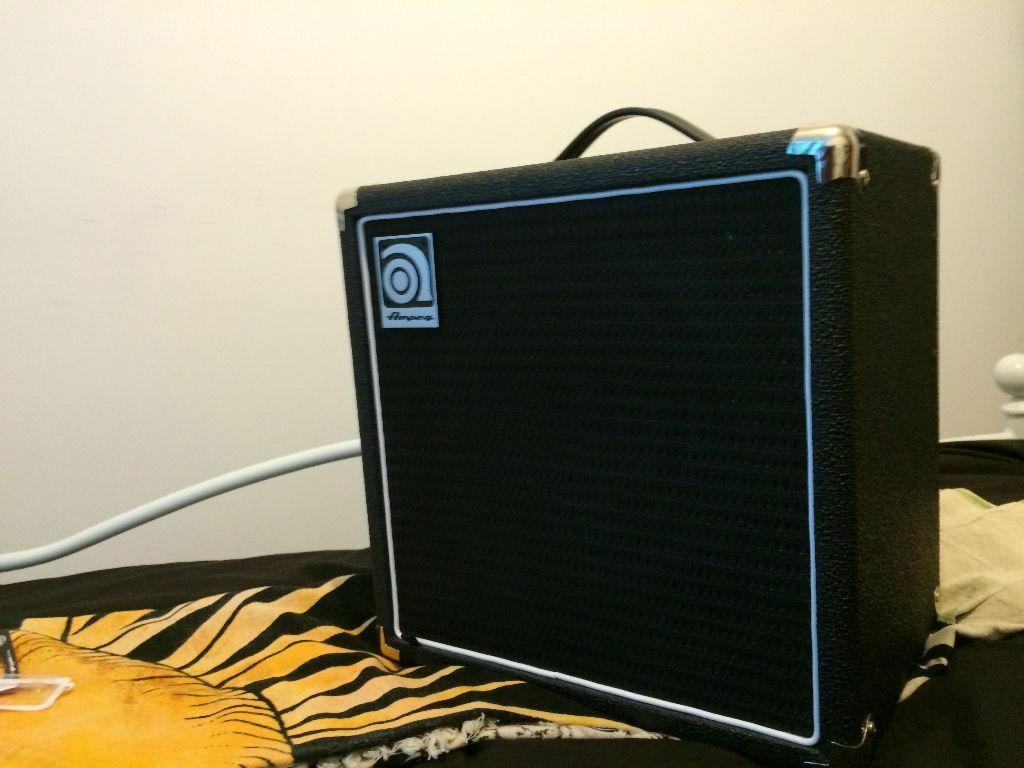ampeg ba 108 v1 electric bass guitar amplifier in patchway bristol gumtree. Black Bedroom Furniture Sets. Home Design Ideas