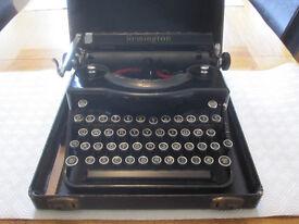 Vintage Remington Rand Model 1 Portable Typewriter