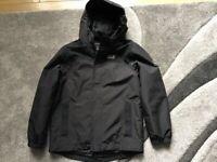 Jack wolfskin boys black jacket 8\10