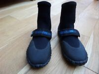 Adult Circle One wetsuit boots - Size 7
