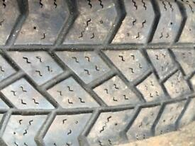 Snow and mud tyres R15C