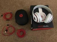 Beats white studio 2 headphones, wired, noise cancelling, with box