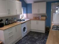 **REDUCED AGENCY FEES** 5 BED STUDENT HOUSE TO LET £1650 PCM