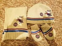 Hat, scarf & mittens