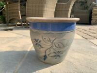 Ceramic garden pot