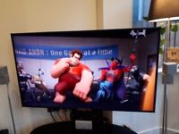 """**SOLD**Sony 55"""" W905A 3D HD Smart TV with 4 pairs of 3D active shutter glasses"""