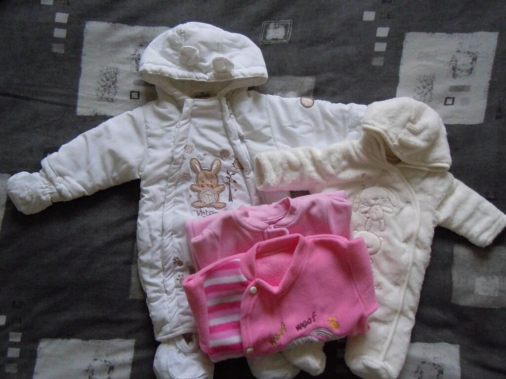 Snowsuit, pramsuit, sleepsuits bundlein Inverness, HighlandGumtree - Bundle consists of pramsuit newborn baby (56 cm) snowsuit 0 3 months (62 cm) 2 fleece sleepsuits 0 3 months All in very good condition, come from pet and smoke free home