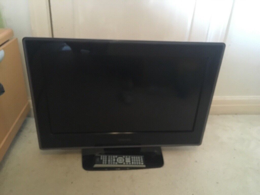 Toshiba Flat Screen Tv With Built In Dvd Player In Ashtead Surrey