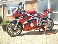£3,300 – 2001 Yamaha R6 600cc – LOW MILEAGE