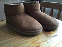 SIZE 1 UGGS