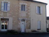2 Bed Appartment,Chalais,16210,France Minimum 6 mnth lease.Suit house hunters etc