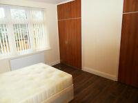 Double room to rent near Redbridge/Gants Hill London