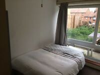 Nice And Tidy Double bedroom close to Plaistow Station near Stratford