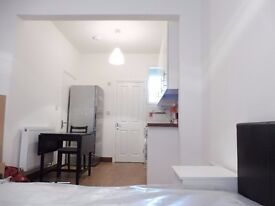 ** Inclusive Off All Bills ** Amazing Studio Flat To Rent In Lowden Road, Edmonton, N9