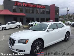 2013 Chrysler 300 S w/nav, leather, roof