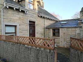 3 Bedroom Stable Conversion Cottage for rent - Selkirk w/ Pvt Parking