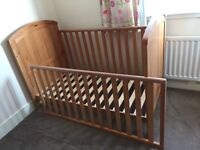 Matching Cot/Cotbed, Wardrobe & Chest of Drawers