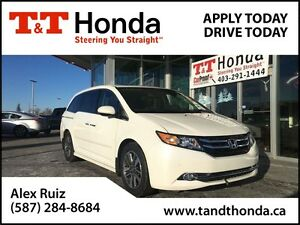 2014 Honda Odyssey Touring *Local Van, Low KMs, Remote Starter*