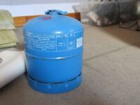 Camping gas cylinder (907)