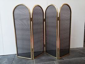 Fire Screen Guard - 4 fold panels in black metal mesh and brass finish surround