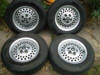 Jaguar XJ6 series 3 pepperpot alloy wheels