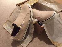 Mens shoes brand new (UGG)