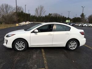 2012 Mazda MAZDA3 GS-SKY/HEATED LEATHER/SUNROOF/POWER SEAT