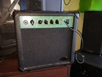 Stagg 10 GA electric speaker guitar amp with aux in