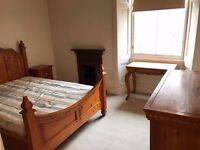 BEAUTIFUL SOLID PINE BEDROOM FURNITURE SET - DOUBLE BED WITH MATCHING FURNITURE!
