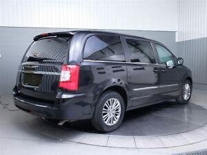 2014 Chrysler Town & Country TOURING A/C MAGS CUIR West Island Greater Montréal image 6