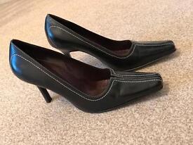 Essence extra wide high healed black shoes