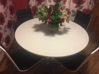 White gloss circular kitchen table + 4 chairs