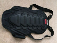 SNOWBOARD SKI BACK PROTECTOR BY MAX MPH SPINE - USED & IN GREAT CONDITION