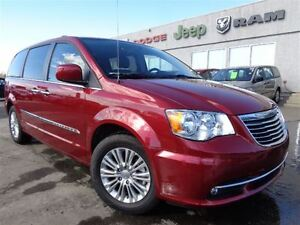 2015 Chrysler Town & Country Touring-L**Hands Free Bluetooth**Hi