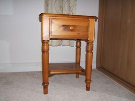 Ducal bedside table