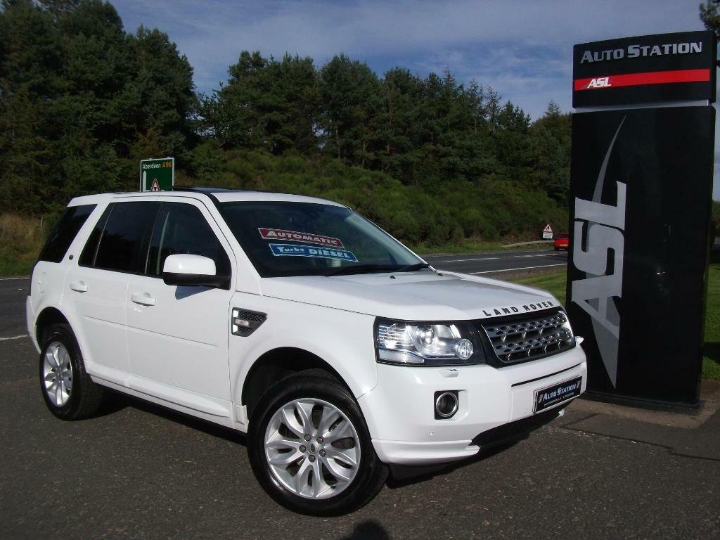 LAND ROVER FREELANDER 2.2 SD4 HSE Auto (white) 2013