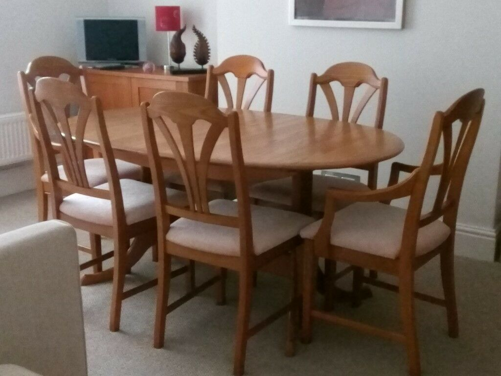 Solid Elm Dining Room Table And Chairs