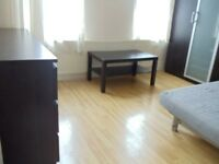 Studio flat To Rent Wood Green, N22 London. Bills Included