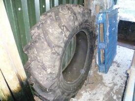 Tractor tyre 16.9 r30 Malhotra heavy duty ,nearly new 99% tread.