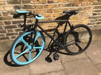Single speed fixie fixed gear flip flop black commuting road bike bicycle with 5 spoke wheel