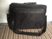17 inch laptop carrier case